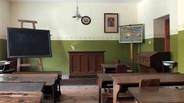l_schulmuseum_leipzig_klassenzimmer_1900 BGL Nachbarschaftshilfeverein - Ausflüge & Führungen - Ausflüge, Führungen und Busfahrten
